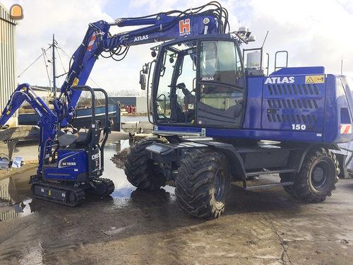 Atlas 150W en Kobelco SK10SR voor Harten 's-Heer Arendskerke
