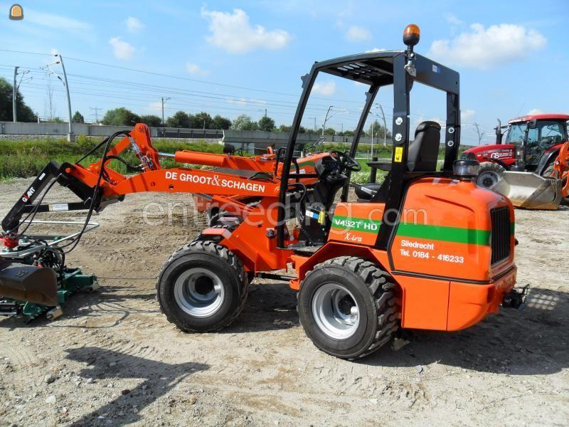 Wiellader / shovel Giant 452 HD extra