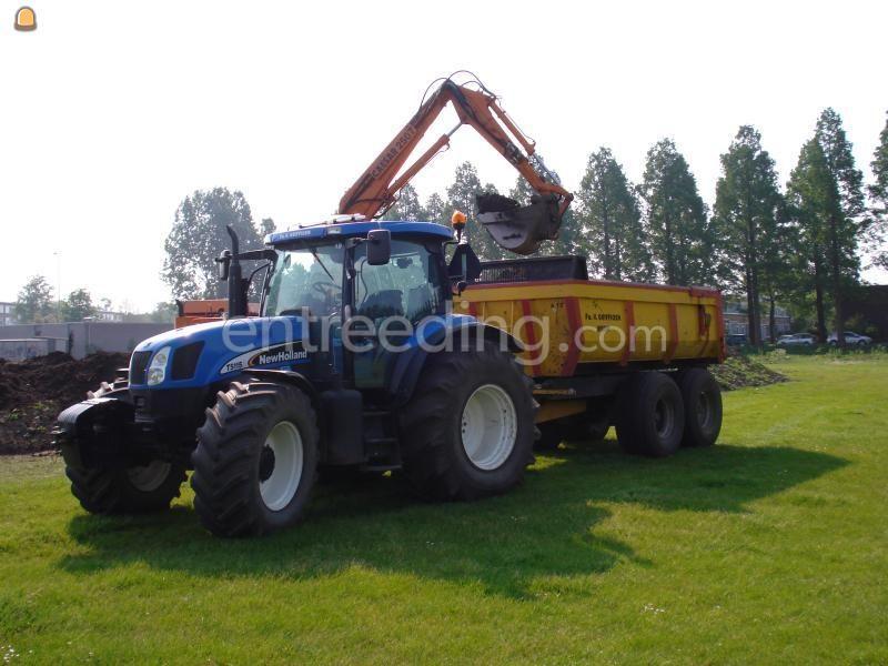 Tractor + kipper NH + HM