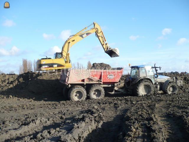 Tractor + kipper New Holland TM165
