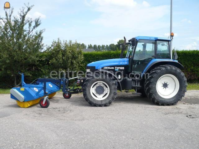 Tractor + veegmachine New Holland TM165