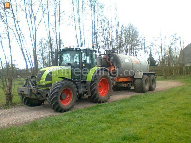 Tractor + waterwagen Claas 640 + kaweco