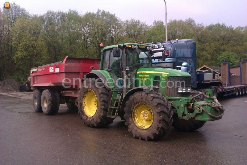 Tractor + kipper John Deere + Beco maxxim 240