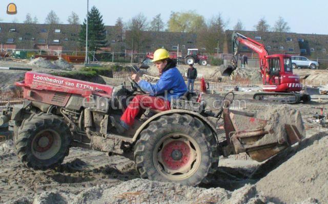 Tractor Fendt 260V + 280V (17x)