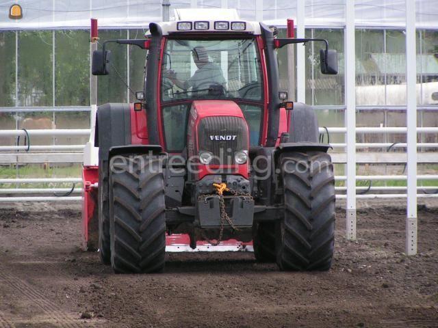 Tractor + kilver Fendt 820 + kilverbord 3 mtr.