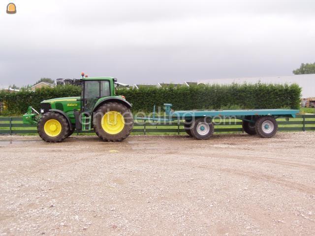 Tractor + plateauwagen John Deere 6920S met Platte kar