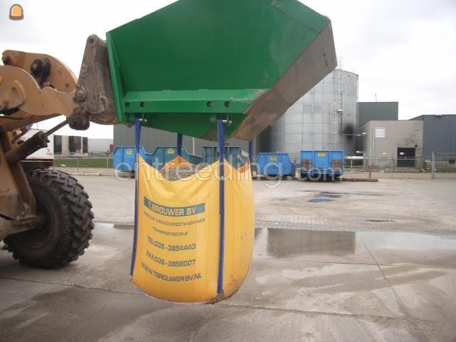 Zand bigbags met div.soorten zand/grind/grond