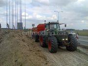 Tractor + kipper Fendt 920 + Beco 260 met afdichtingskleppen