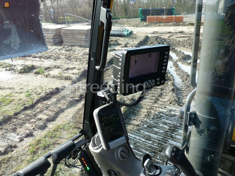 Volvo EC 240 C Trimble GPS