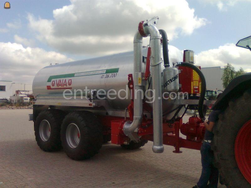 Tractor + waterwagen Fendt + Waterwagen