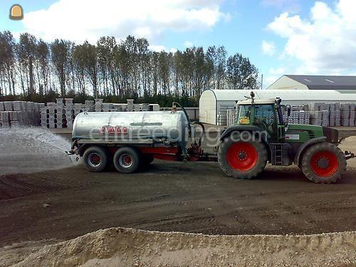 Tractor + waterwagen Fendt 920 + Waterwagen