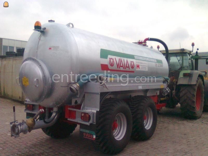 Tractor + waterwagen 12.5 M3 waterwagen