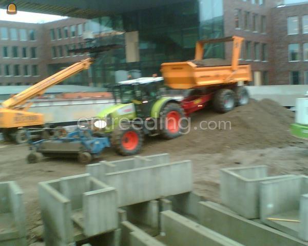 Tractor + veegmachine Claas + AP