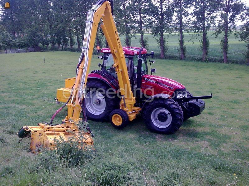 Tractor + armklepelmaaier Case puma 155+bos arm