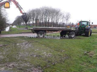 Tractor + plateauwagen Omgeving Wijk bij Duurstede