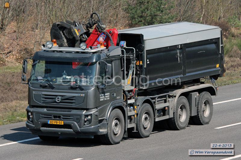 Volvo FMX 8x4 WSG