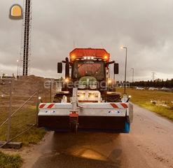 Tractor + veegmachine Omgeving Gouda