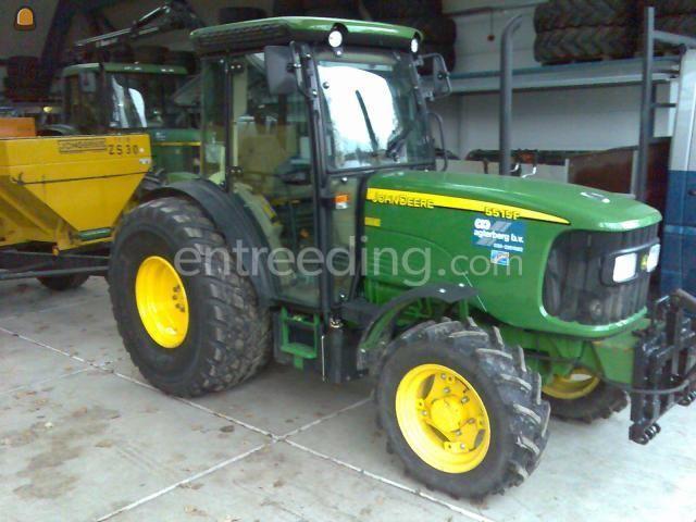Tractor john deere 5515
