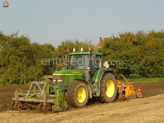 Tractor + grondfrees John Deere + frees/spit/kopeg