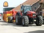 Tractor + carrier Veenhuis 2-assige gestuurde carrier