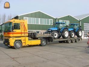 Dieplader / oprijwagen Truck met semidieplader