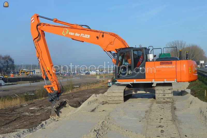 Kobelco SK260lc semi long front