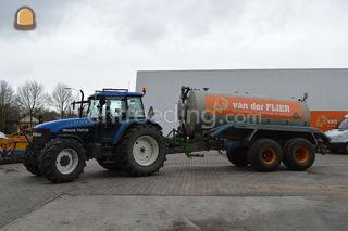 Tractor + waterwagen Omgeving Oosterwolde