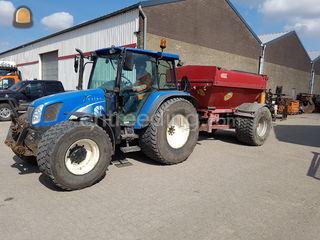 Tractor met Bredal K45 Omgeving De Drechtsteden