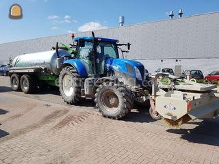 Tractor met waterwagen 10... Omgeving De Drechtsteden