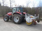 Tractor + veegmachine Massey Ferguson + veegmachine