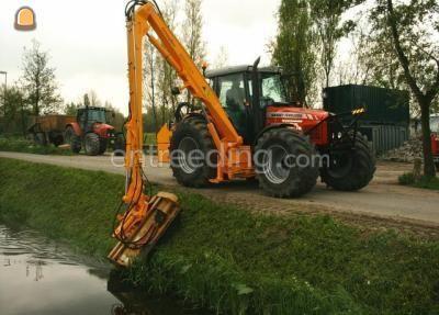 Tractor + armklepelmaaier MF + Herder met klepelmaaier