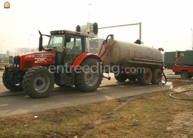 Tractor + waterwagen MF + waterwagen 8m3