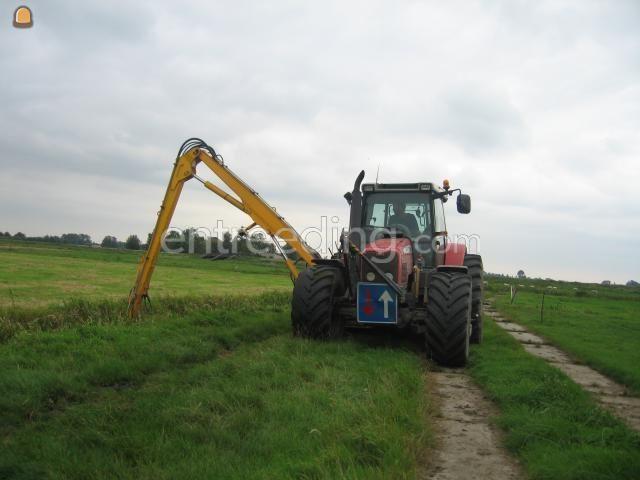 Tractor + maaikorf MF + Herder met maaikorf