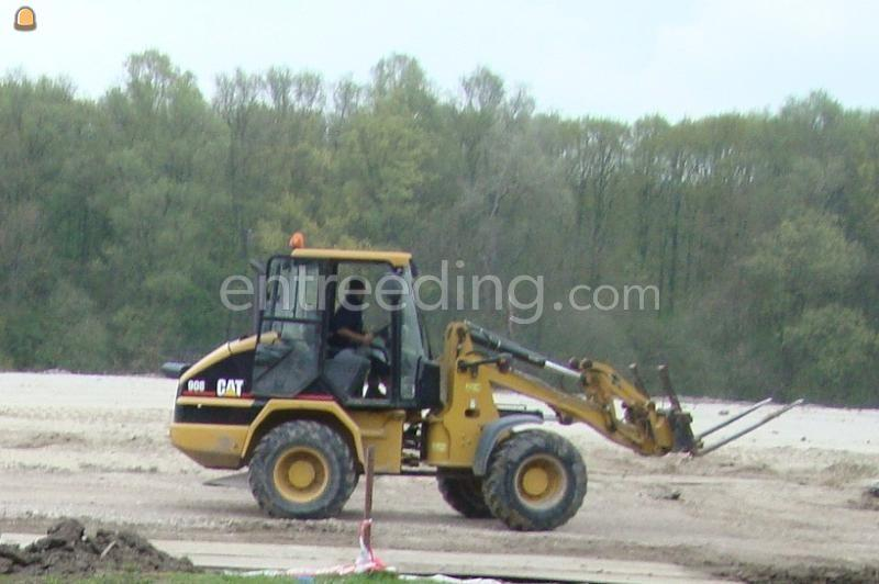 Wiellader / shovel CAT 908