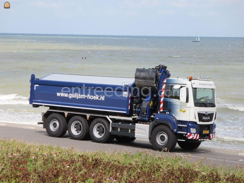 Kraan/containerauto 8x4