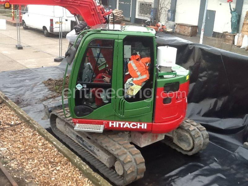 Hitachi EX 85