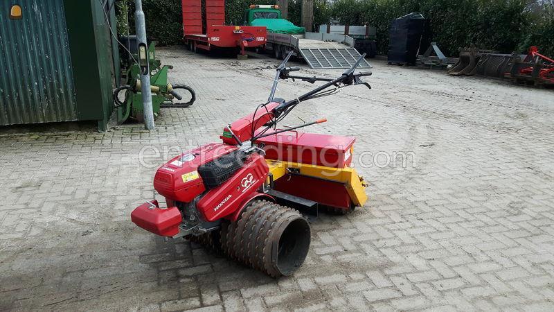 Entreeding Com Tractor Zaaimachines Blec Zaaimachine Te