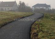 toegangsweg in asfalt