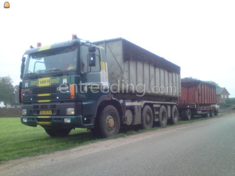 Kippervrachtauto ginaf 8x6 haakarm containerauto