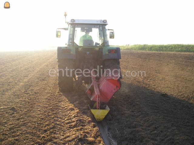 Tractor + greppelfrees Fendt en Greppelfrees