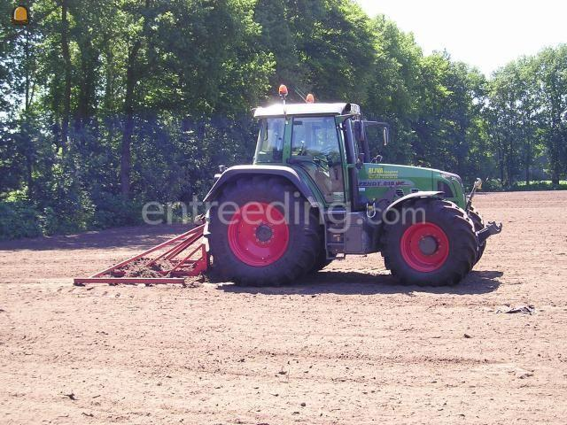 Tractor + egalisatieraam Fendt 818 en Sleepraam