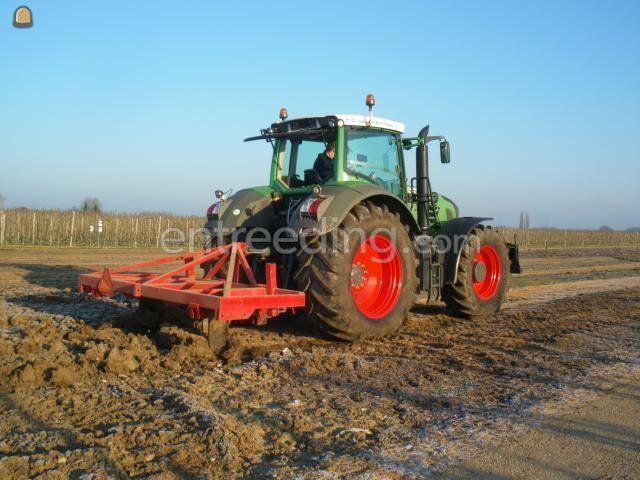 Tractor + ondergronder Fendt 927 + diepwoeler