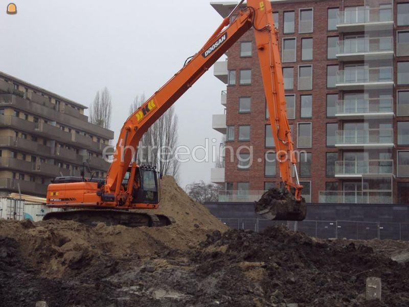 Doosan long reach