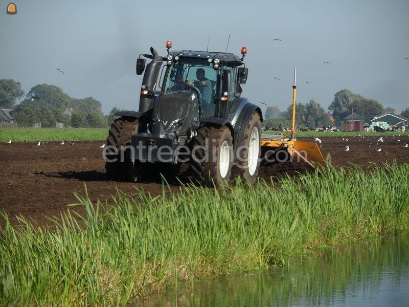 Tractor+kilver Valtra+Bos 500