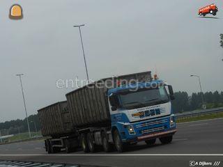 Volvo containerwagen 8x4 ... Omgeving Weert