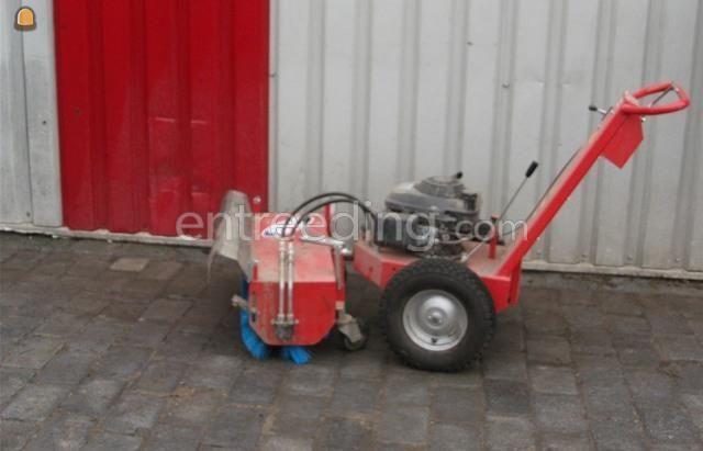 Handgevoerde veegmachines Sweep