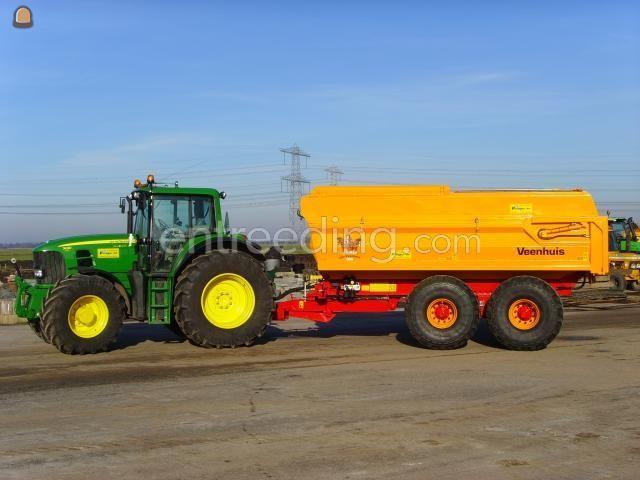 Tractor + kipper veenhuis met baggeropbouw