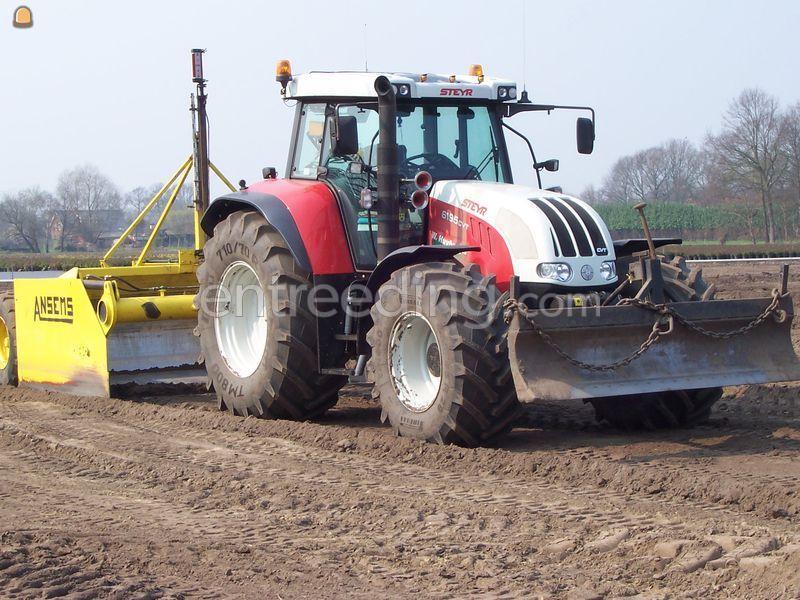 Tractor + kilver Van deursen bak