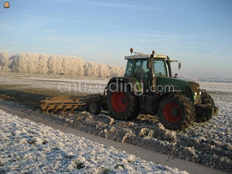 Tractor + wallenfrees
