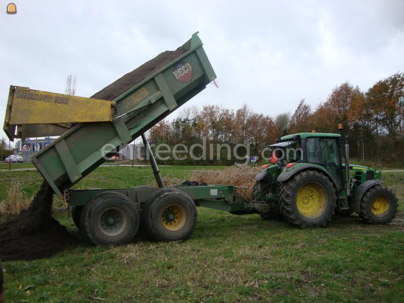 Tractor + kipper John Deere + Beco 160